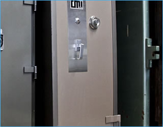 24 hours / 7 days Emergency Locksmith Lockout Assistance Albury Wodonga with Just Safes Australia
